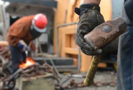 共享用工中,劳动者发生工伤谁担责?